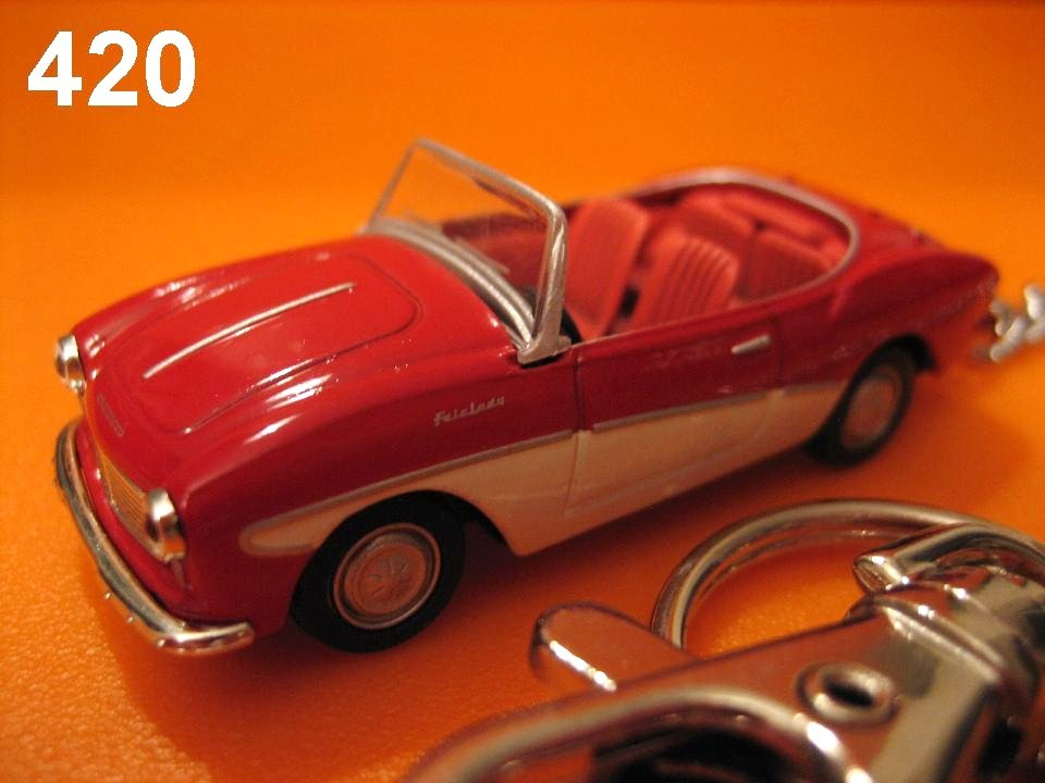 Classic Datsun Fairlady 1200 (Red x Ivory) Die-cast Key Chain